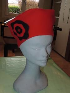 chapeau dans chapeaux a-119-225x300